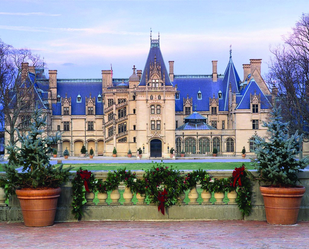 Tour Bus For Sale >> Biltmore Estate at Christmas Time | Holiday Tours
